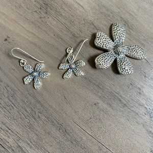 Silpada Daisy pendent and earrings